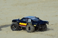 Traxxas Slash 4x4 + Proline Masher 2.8